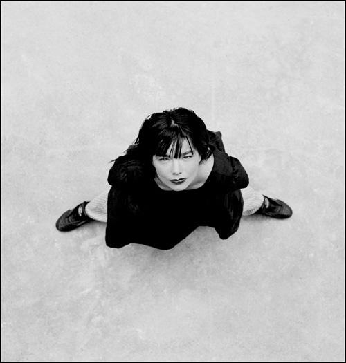 Björk © Jill Furmanovsky / www.rockarchive.com